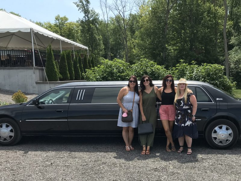 Private Limo Wine Tour (4-6 people)